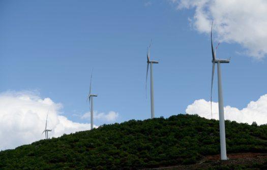 """Ветерниот парк ,,Богданци"""" урива рекорди во производството на електрична енергија"""